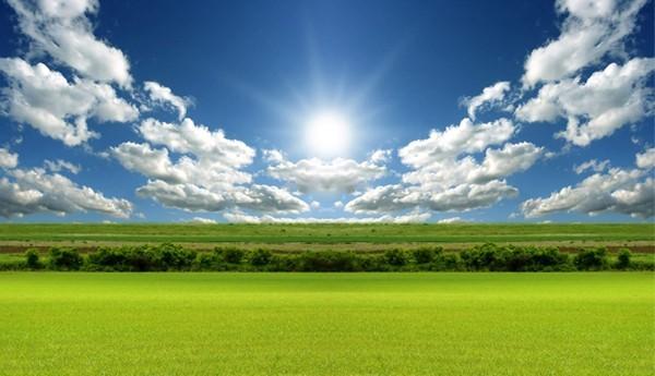 سماء غائمة بمناطق وقليلة السحب إلى صافية بباقي الأرجاء اليوم الأربعاء