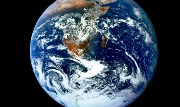 US-SPACE-APOLLO 17 30TH ANNIV. EARTH IMAGE