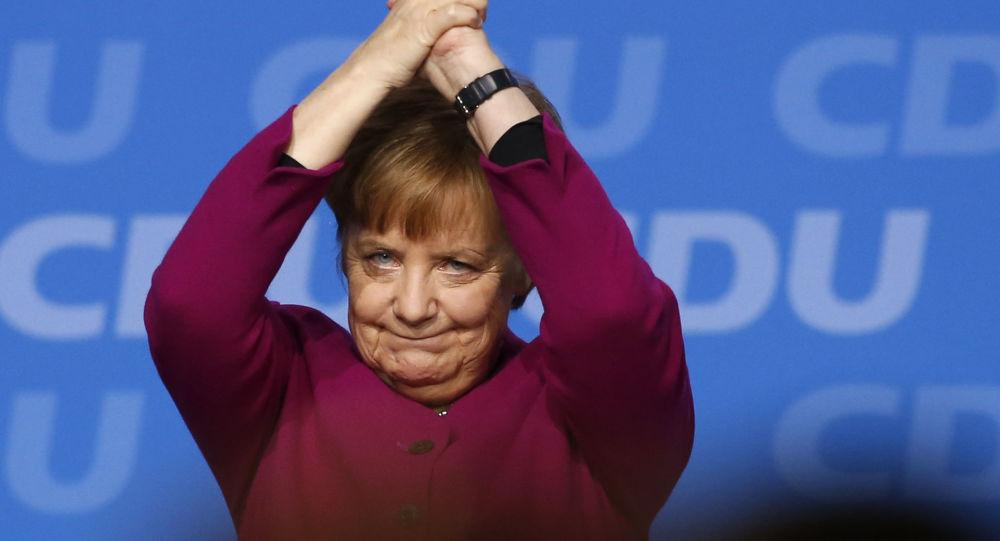 في الذكرى 30 لسقوط جدار برلين ميركل تحض على الدفاع عن قيم أوروبا