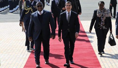 رئيس جمهورية سيراليون يحل بالمغرب، لترأس أشغال المنتدى الدولي