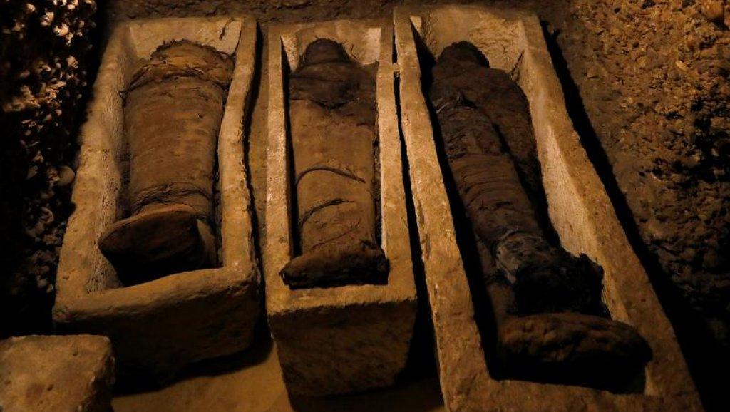 اكتشافات أثرية بمصر عمرها 2500 عام..