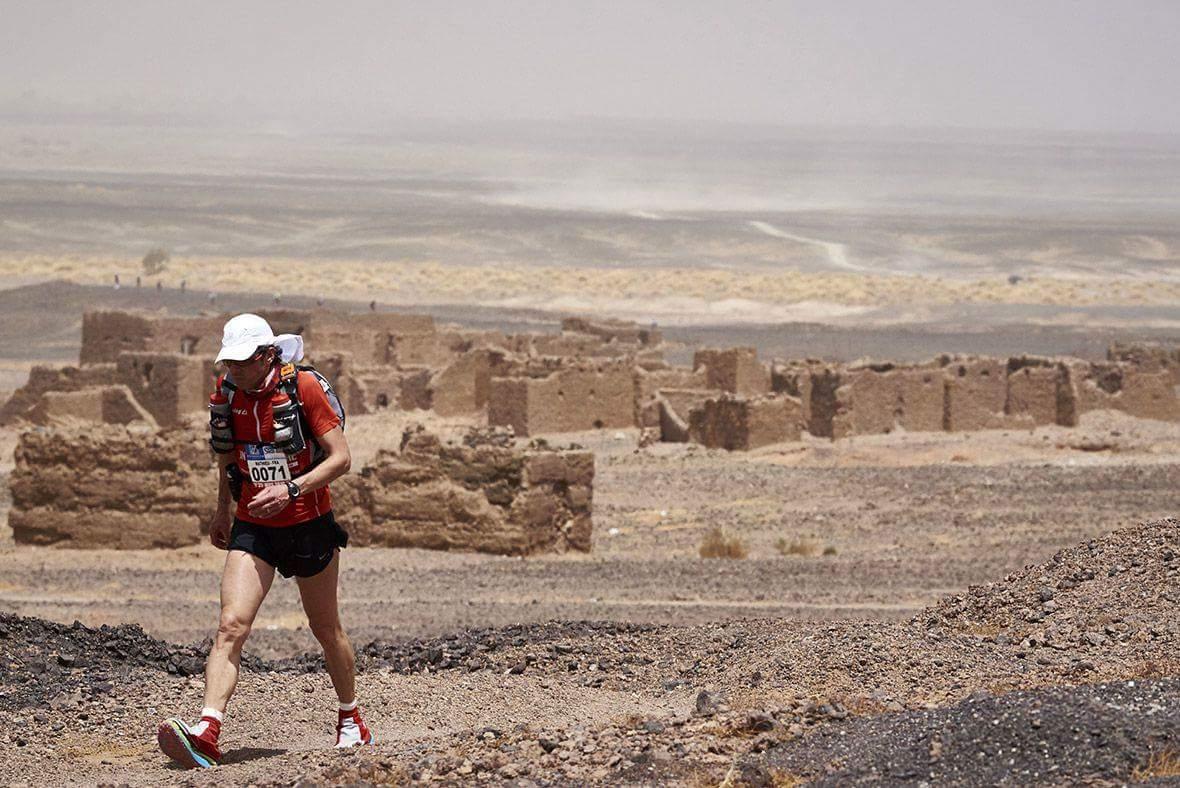 ماراطون الرمال: المغربي رشيد المرابطي والهولندية راغنا ديباتس يحرزان لقب الدورة الـ 34