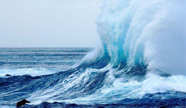 ابتكار.. تحويل قوة التيارات البحرية إلى طاقة كهربائية