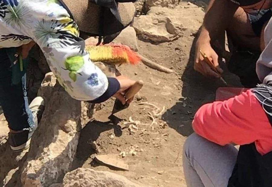 العثور على طفل مات سنة 1800 قبل المبلاد