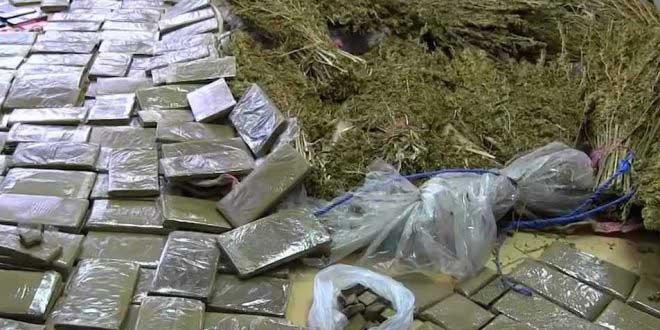 العيون.. حجز 5,8 أطنان من مخدر الشيرا وأسلحة نارية