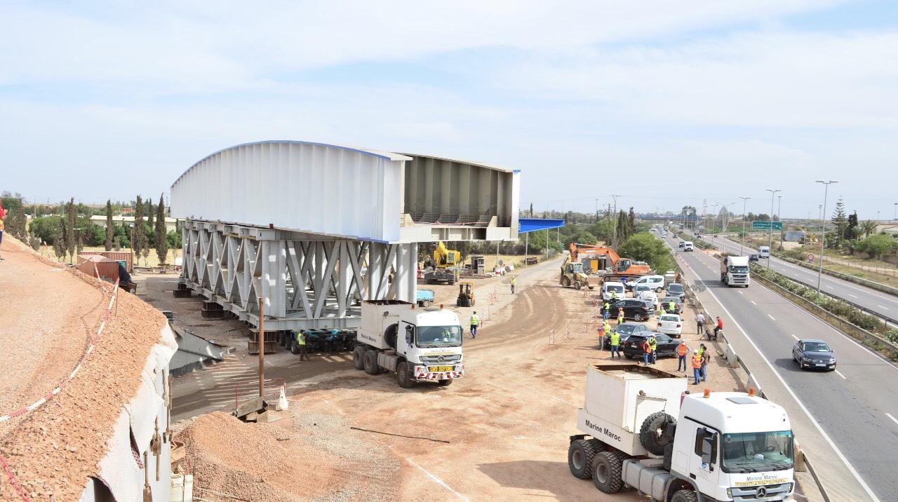 إعادة بناء واستبدال جسر السكة الحديدية