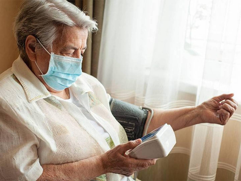 مرضى ضغط الدم أكثر عرضة لفتك كورونا