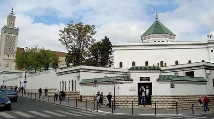 المجلس الفرنسي للديانة الإسلامية يعرب عن صدمته القوية