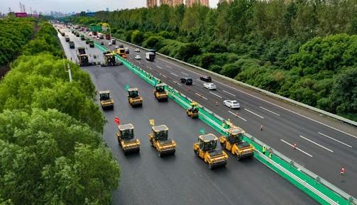 تشغيل أول نظام ذكي لصيانة الطرقات السريعة