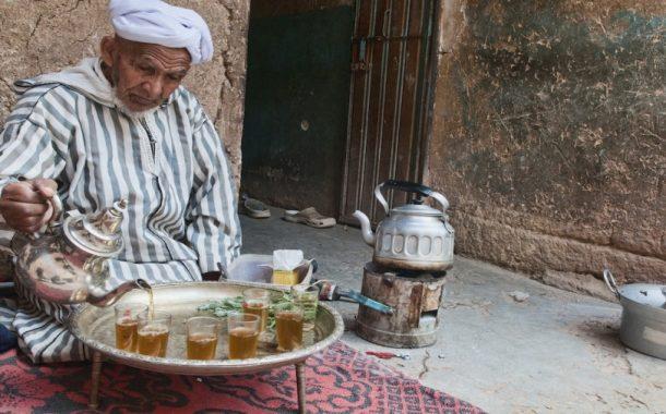 الشاي.. المغاربة يستهلكون أكثر من 70 ألف طن سنويا