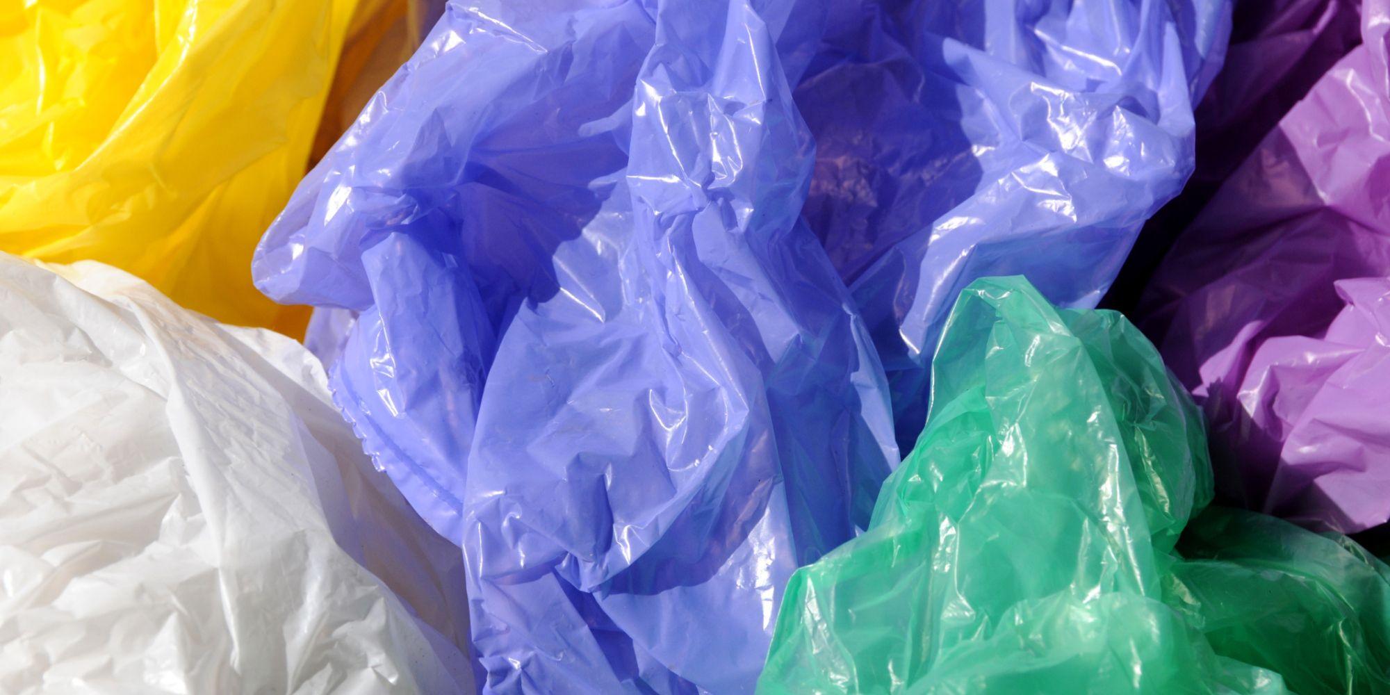 حجز 36 طنا من الأكياس البلاستيكية وإيقاف 12 شخصا خلال الربع الأول من 2017