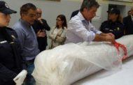 ولاية أمن الدار البيضاء تسلم اللوحة الأثرية المسروقة لمسؤولين إيطاليين