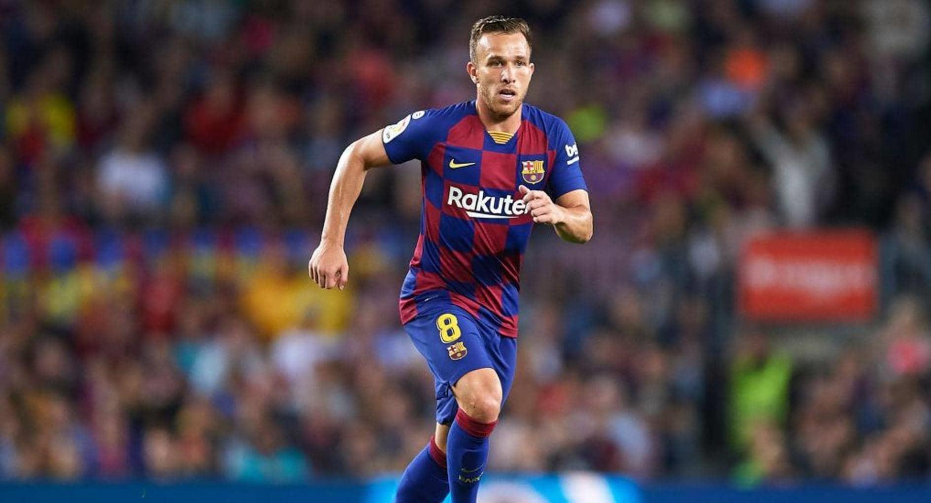 برشلونة يعلن انتقال أرتور إلى يوفنتوس