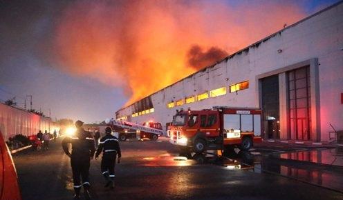 السيطرة على حريق شب في سيدي عثمان