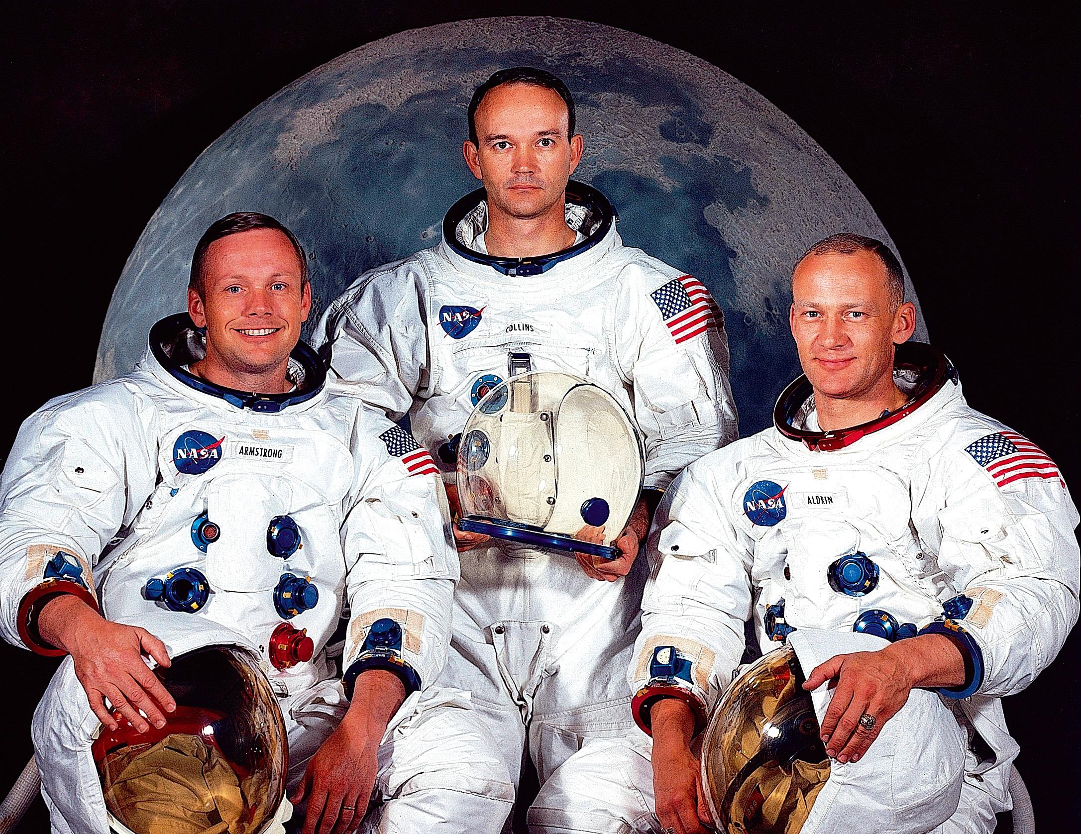 القمر.. وفاة ثالثُ الثلاثة