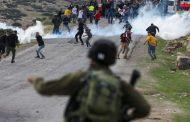 إصابة عشرات الفلسطينيين في مواجهات مع قوات الاحتلال جنوب نابلس