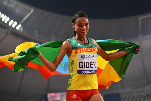 الإثيوبية غيداي تحطم الرقم القياسي العالمي، الذي حطم قبل يومين