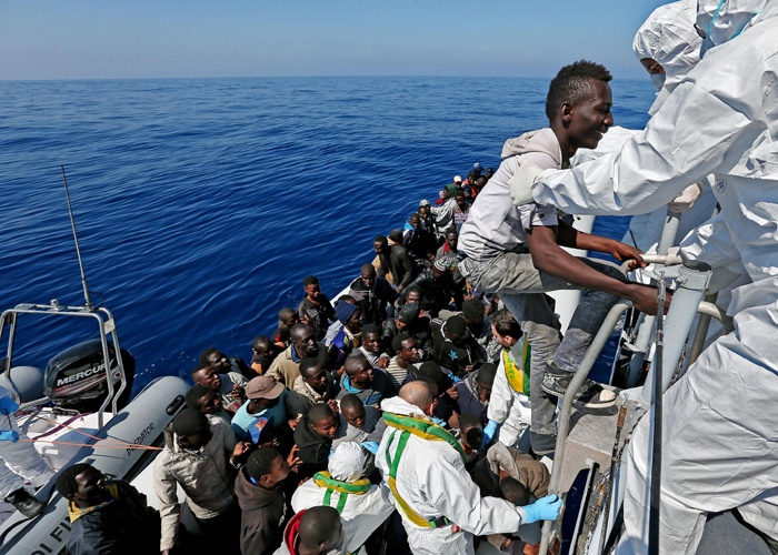 اعتراض 130 مهاجرا سريا