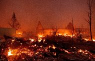 حريق هائل يدمر بلدة تاريخية
